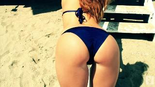 Leanna Decker Beach Beauty