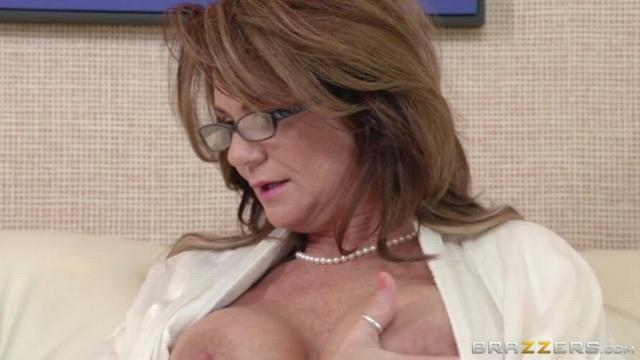 The Squirting Specialist Deauxma , Keiran Lee