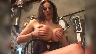 Gianna Michaels Hooter Nation 2