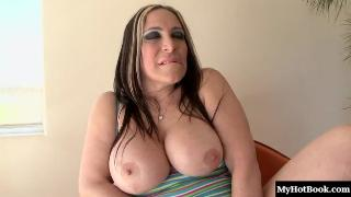 Being a MILF is fun for Jenna, and shes taking the experience to