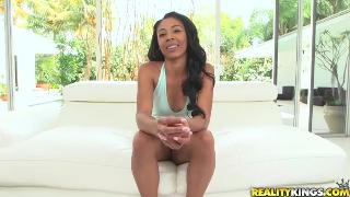 Nia Nixon (Beautiful cumplexion)